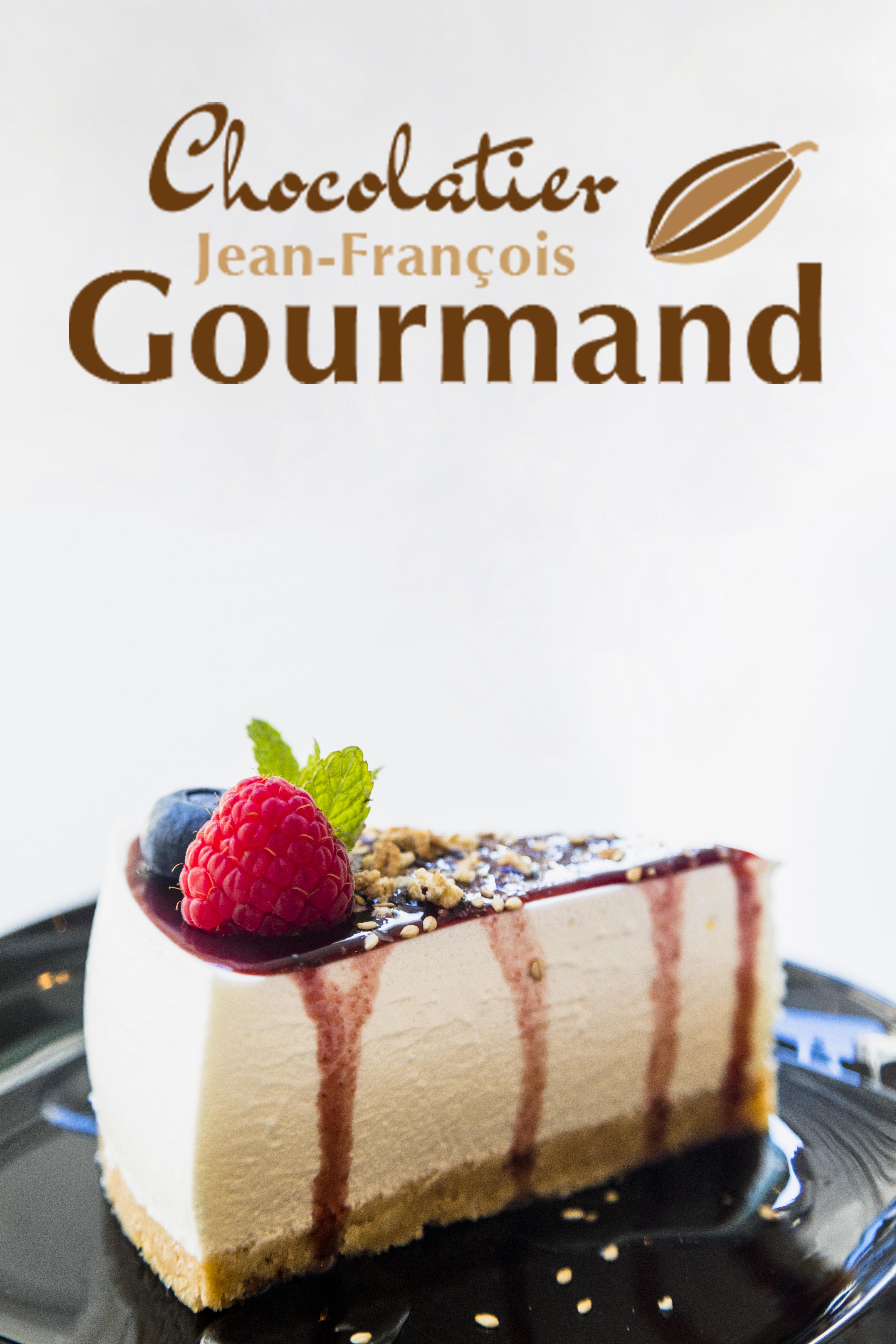 Création du logo pour le chocolatier Jean-François Gourmand. Les couleurs et la cabosse représente le chocolat. Une typo gourmande et une typo classe.